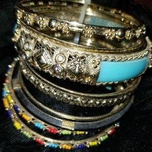 Set of 10 bracelets